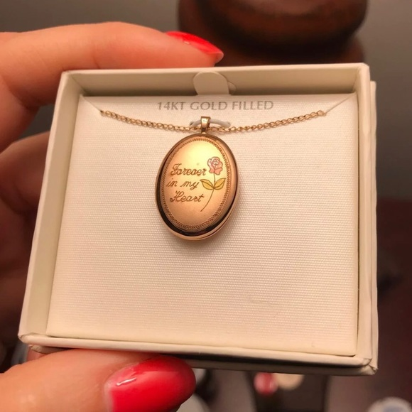 Jewelry - 14kt Gold filled locket necklace